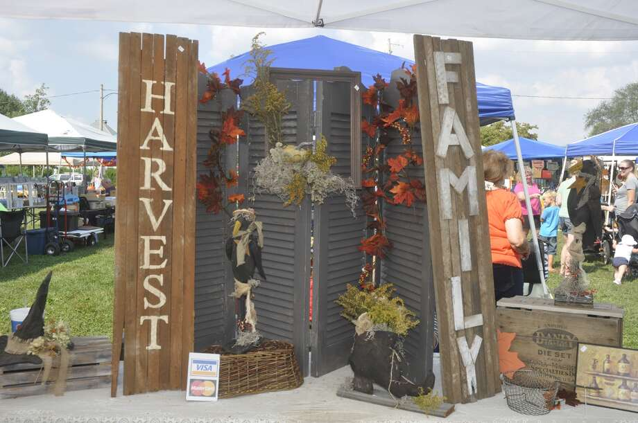 A scene from a recent Coal Country Chamber of Commerce Fall Festival in Benld. Photo: For The Edge