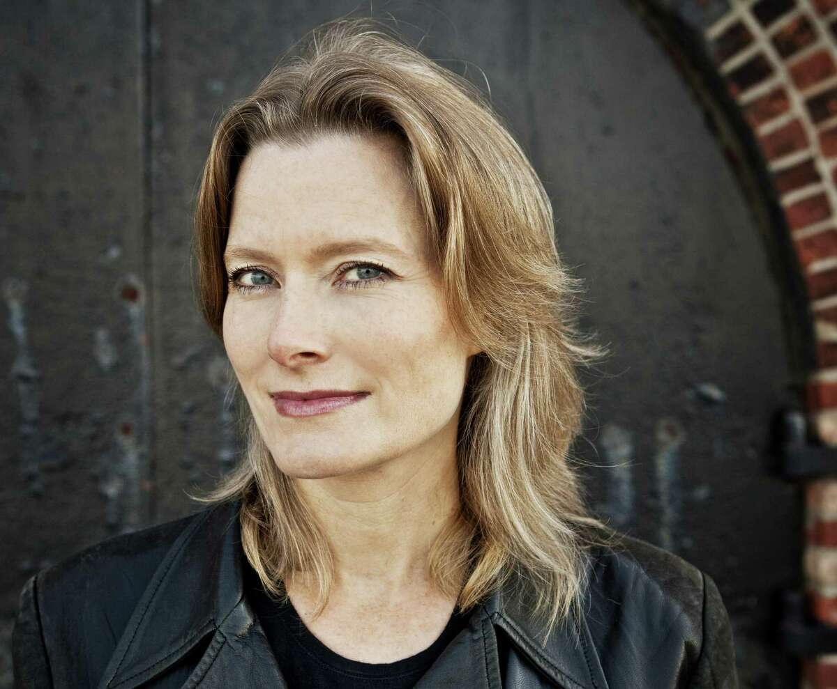 """Jennifer Egan's """"Manhattan Beach"""" is her first novel since the Pulitzer Prize-winning A Visit from the Goon Squad."""""""