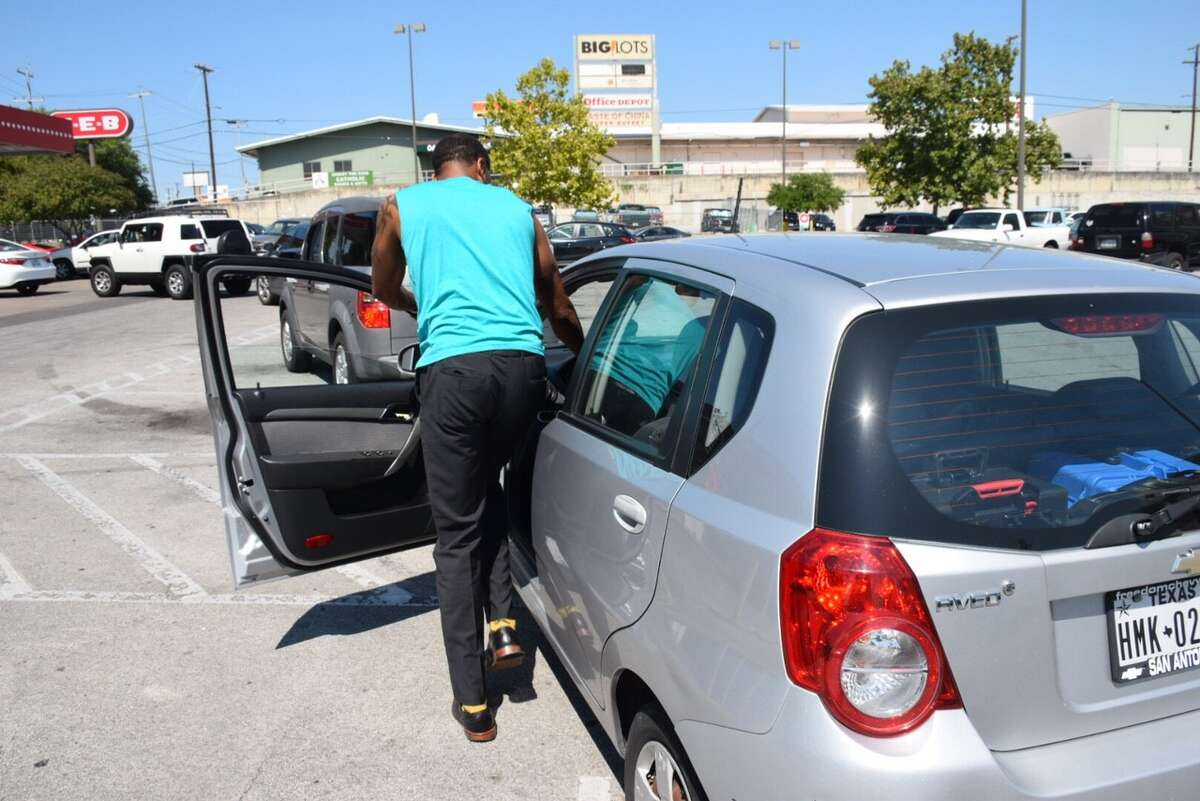 Leray Belk, patiently waited for gas at a West Side H-E-B Thursday, Aug. 31, 2017.