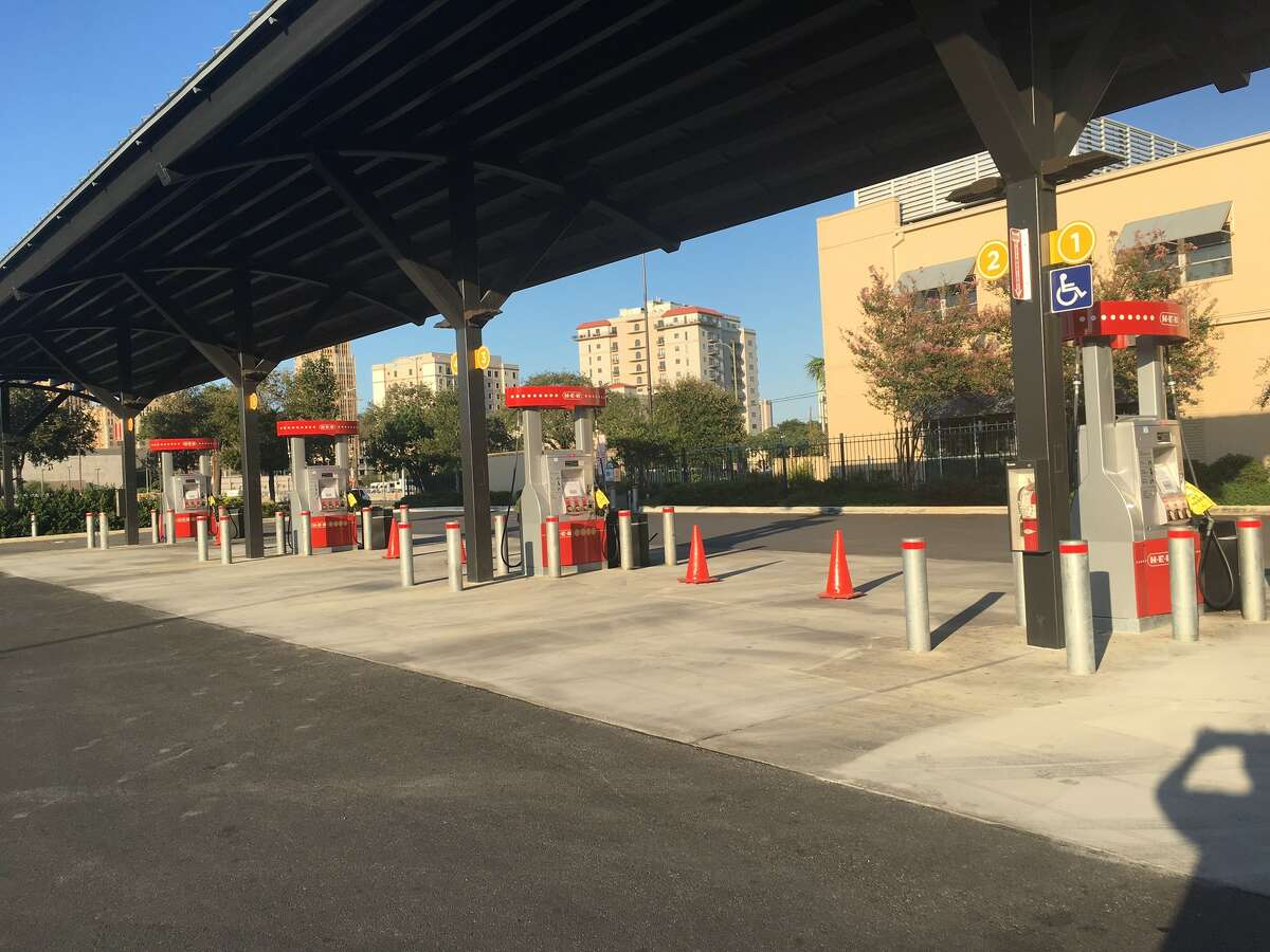 A number of gas stations including this station at H-E-B ran dry Thursday Aug. 31, 2017.