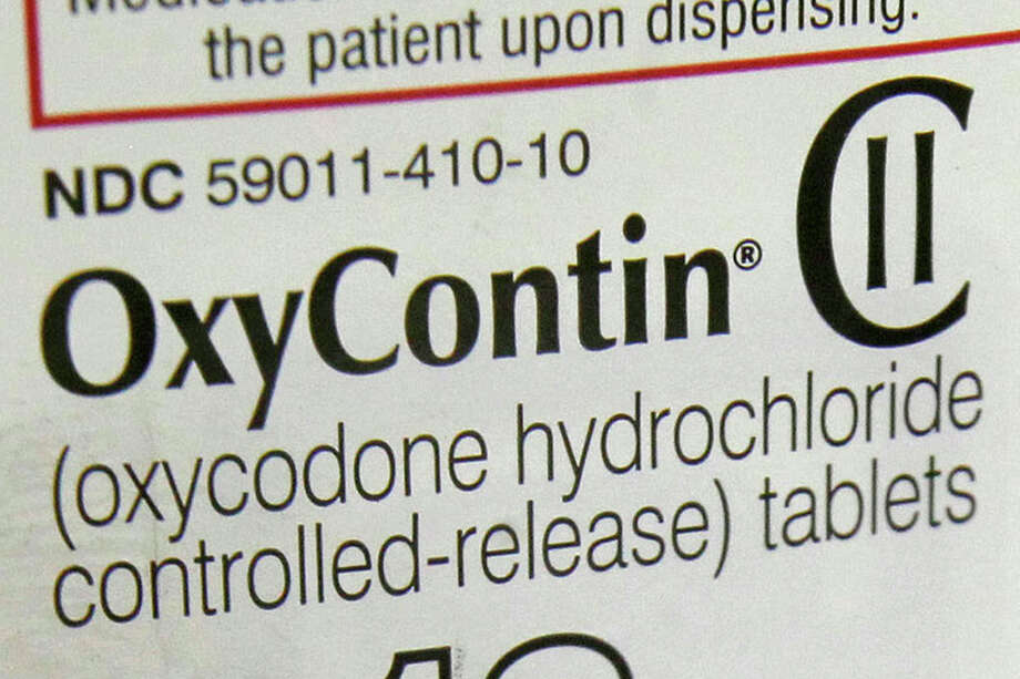 The petition singles out the OxyContin 80 milligram tablet among those that should be banned. Photo: Toby Talbot, STF / Copyright 2016 The Associated Press. All rights reserved.