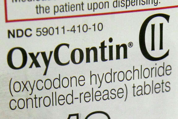 The petition singles out the OxyContin 80 milligram tablet among those that should be banned.