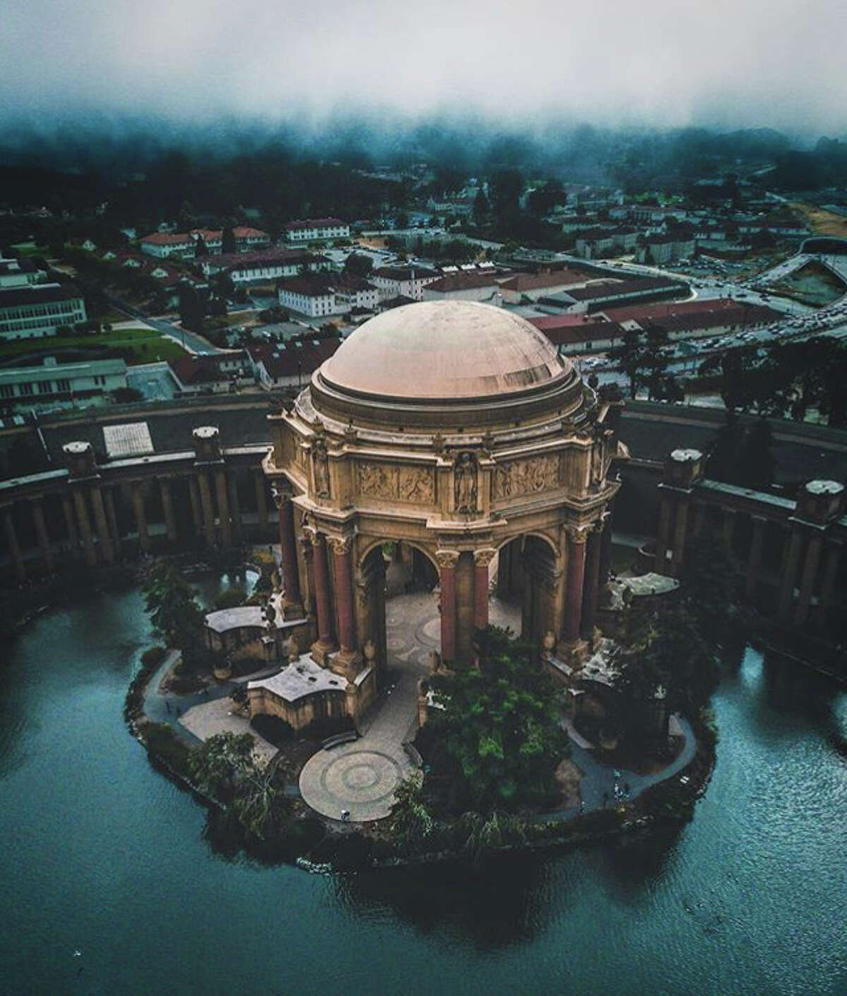 @bendayhoe spotted the Palace of Fine Arts through the fog.