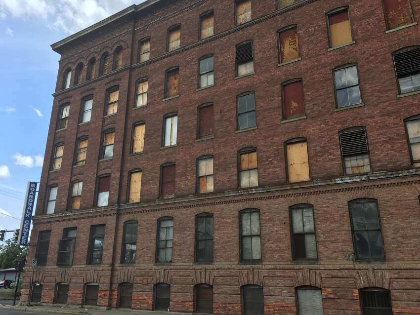 The Marshall Ray building will be converted to 90 market rate apartments.