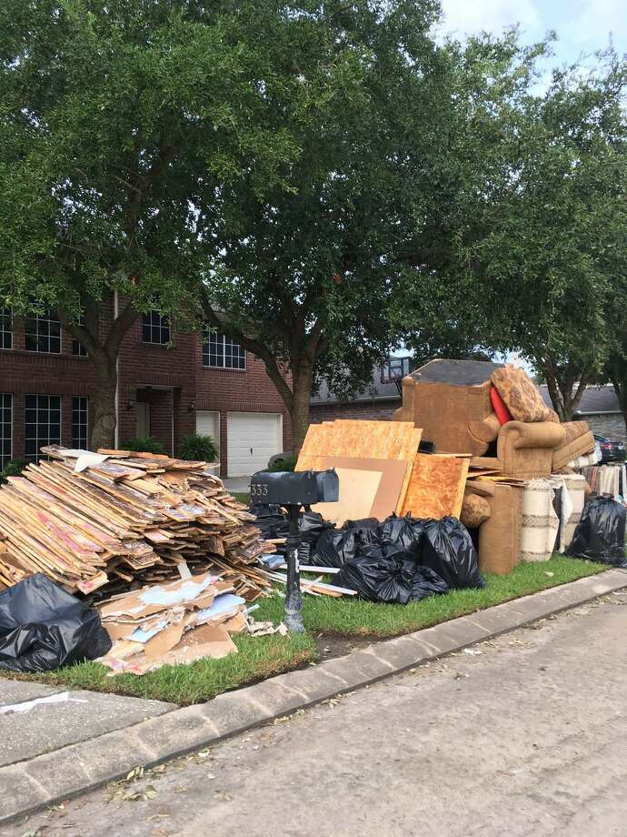Readers share photos of cleanup efforts after Hurricane Harvey wreaked havoc across Houston. Photo: Felky Di Napoli