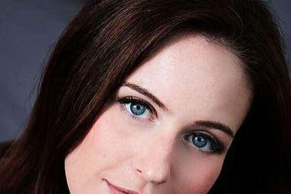 Soprano Amanda Kingston