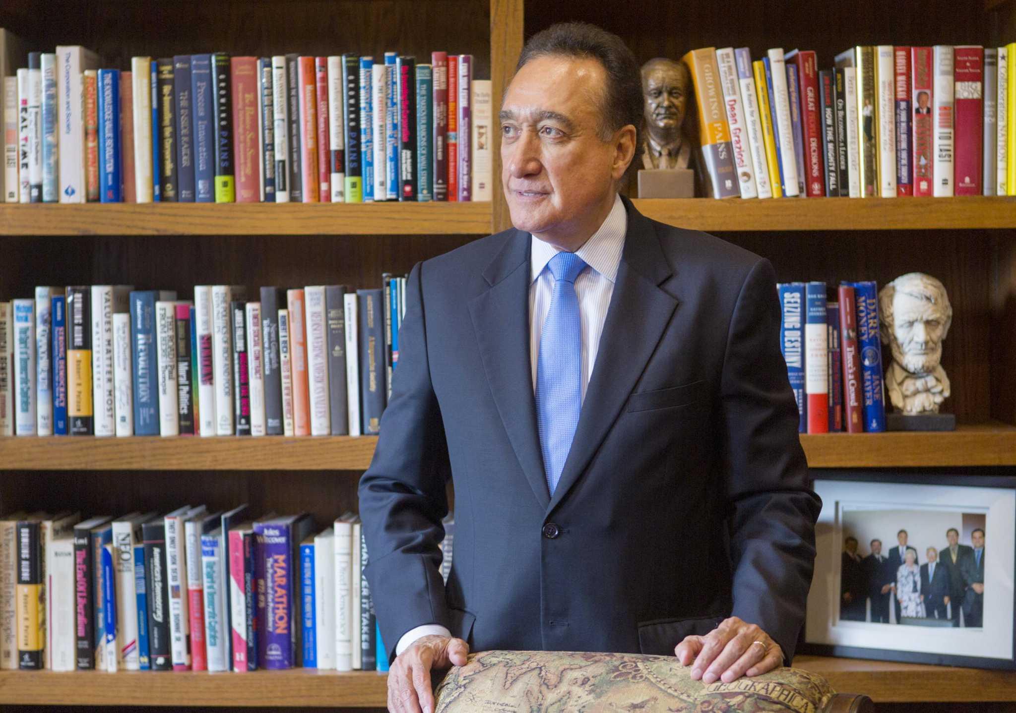 Cisneros An Urban Housing King San Antonio Express News