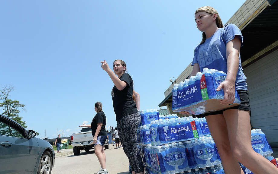 Beaumont lost water on Aug. 31 after Harvey's surging floodwaters        swamped the main and secondary pump stations. The city's 120,000        residents had to rely on bottled water for more than a week.RELATED: Thousands await clean water after Harvey Photo: Kim Brent / BEN