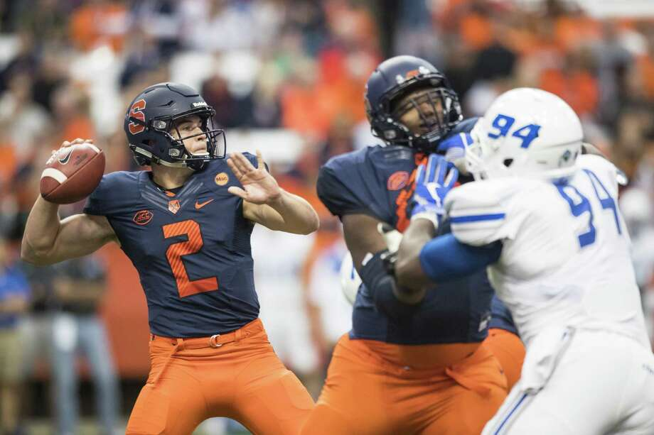 SYRACUSE, NY - September 01:  Eric Dungey #2 of the Syracuse Orange drops back to pass during the first quarter against the Central Connecticut State Blue Devils on September 1, 2017 at The Carrier Dome in Syracuse, New York.  (Photo by Brett Carlsen/Getty Images) ORG XMIT: 775013095 Photo: Brett Carlsen / 2017 Getty Images