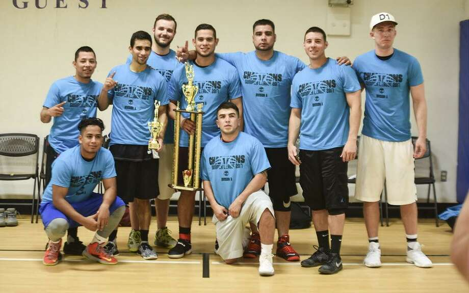 Team Pompa defended its title winning the 2017 Laredo Adult Basketball League Division A Championship 60-57 over the regular-season champion Blackout on Thursday at Tarver Recreation Center. Photo: Danny Zaragoza / Laredo Morning Times
