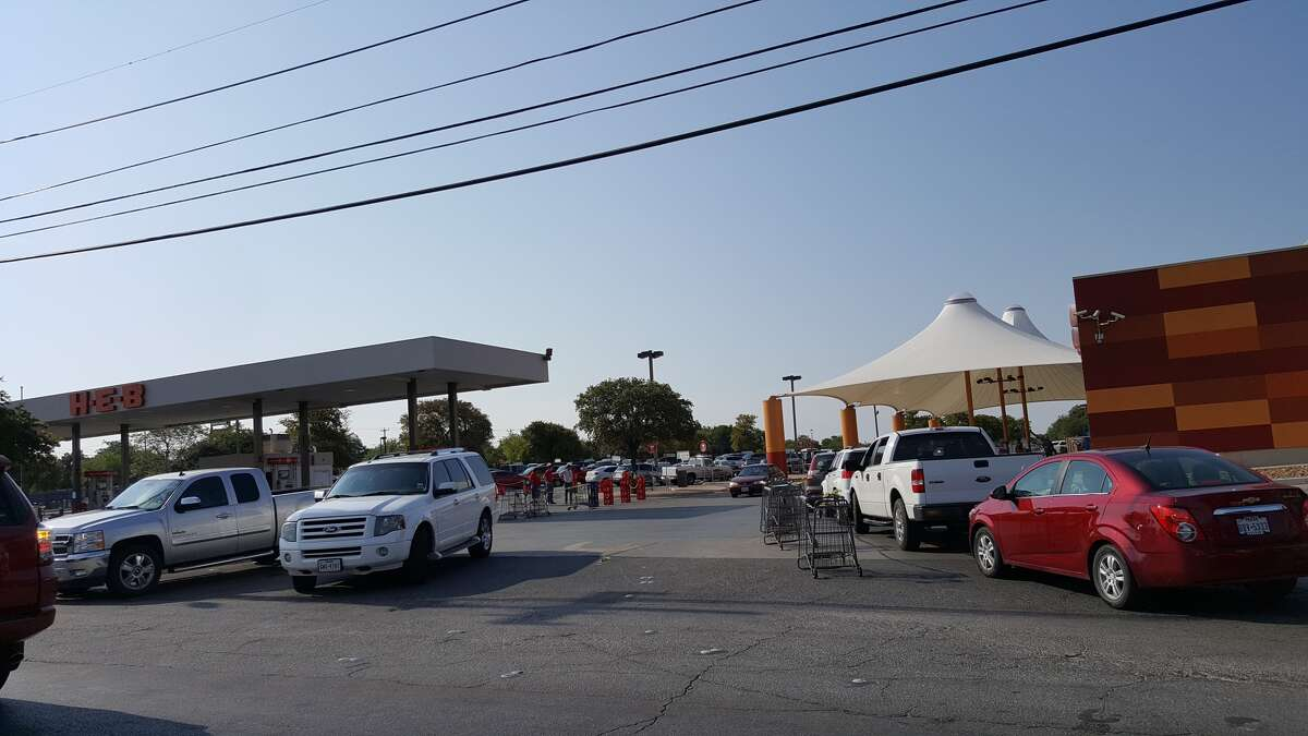 A line forms Sunday morning Sept. 3, 2017, at the HEB at the intersection of Culebra and Bandera roads.