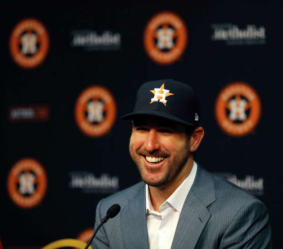 Houston Astros pitcher Justin Verlander speaks to the media before the start of an MLB baseball game at Minute Maid Park, Sunday, Sept. 3, 2017, in Houston, after he was acquired Thursday. Photo: Karen Warren, Houston Chronicle / @ 2017 Houston Chronicle