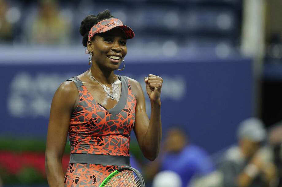 Venus Williams, 37, of the United States, advanced to the quarterfinals with a 6-3, 3-6, 6-1 victory over Carla Suarez Navarro of Spain on Sunday. Photo: Richard Heathcote, Staff / 2017 Getty Images