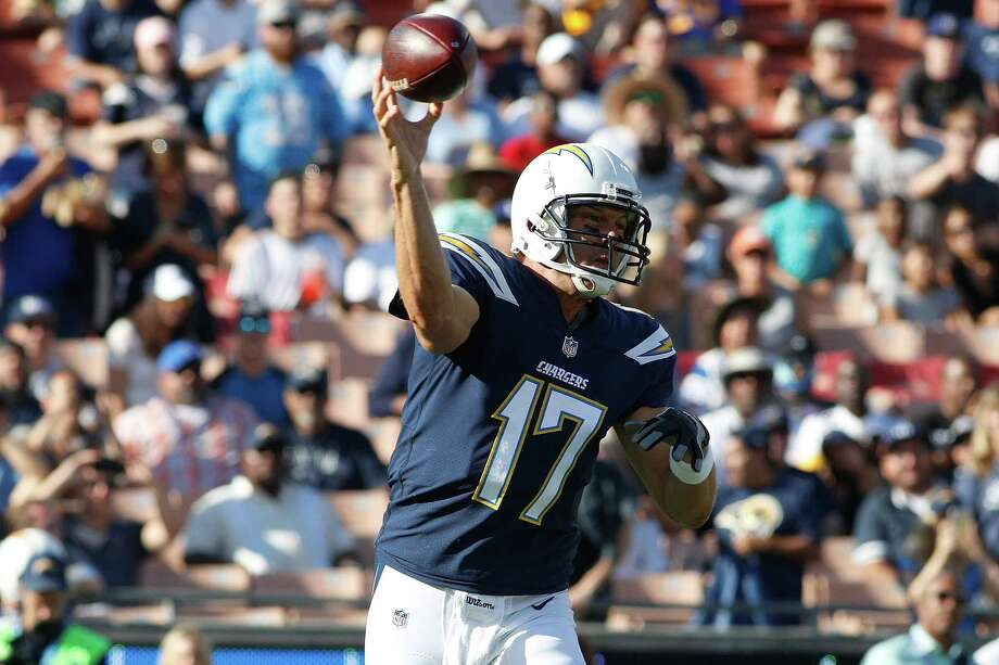 LOS ANGELES, CA - AUGUST 26: Philip Rivers #17 of the Los Angeles Chargers throws a pass during the preseason game between the Los Angeles Rams and Los Angeles Chargers at the Los Angeles Memorial Coliseum on August 26, 2017 in Los Angeles, California. (Photo by Josh Lefkowitz/Getty Images) ORG XMIT: 700069808 Photo: Josh Lefkowitz / 2017 Getty Images