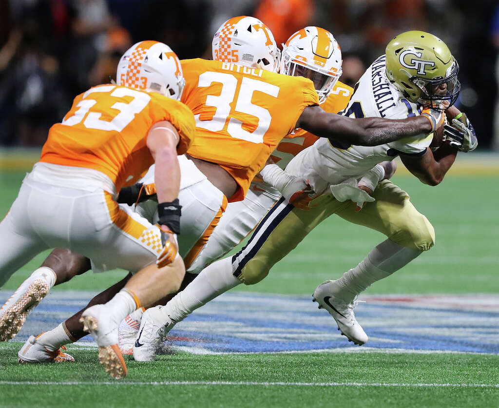 no 25 tennessee pulls off remarkable win over ga tech houston