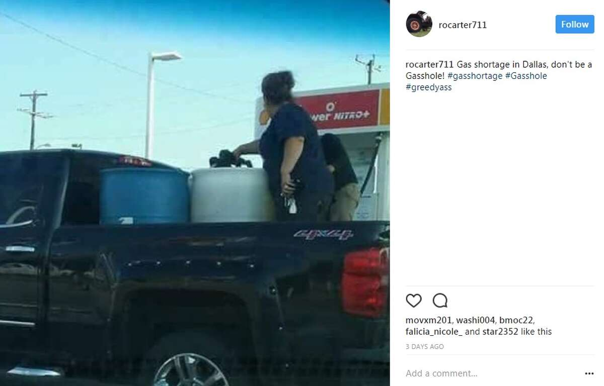 rocarter711: Gas shortage in Dallas, don't be a Gasshole! #gasshortage #Gasshole #greedyass