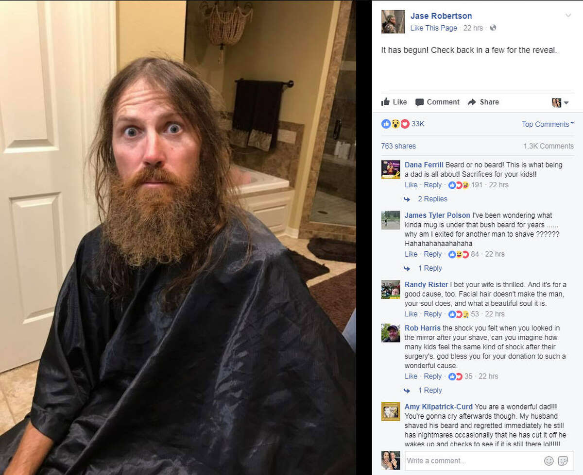 Jase Robertson shaved off his beard for charity and looks like a completely different person. Photo: Jase Robertson Facebook