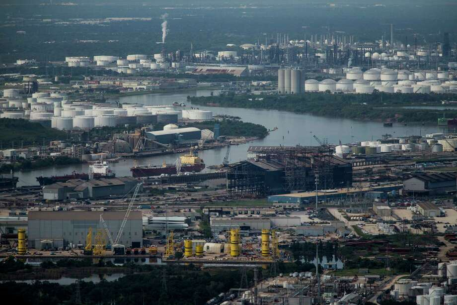 The Houston Ship Channel is seen from the air on Tuesday, Sept. 5, 2017. ( Michael Ciaglo / Houston Chronicle) Photo: Michael Ciaglo, Staff / Michael Ciaglo