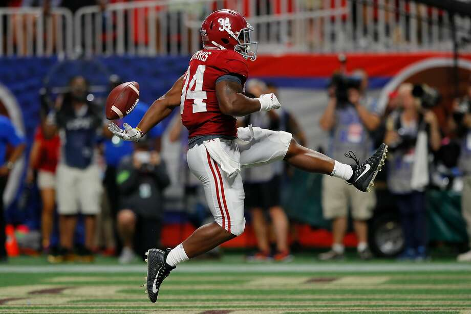 ATLANTA, GA - SEPTEMBER 02:  Damien Harris #34 of the Alabama Crimson Tide rushes for a touchdown in the third quarter of their game at Mercedes-Benz Stadium on September 2, 2017 in Atlanta, Georgia.  (Photo by Kevin C. Cox/Getty Images) ***BESTPIX*** Photo: Kevin C. Cox