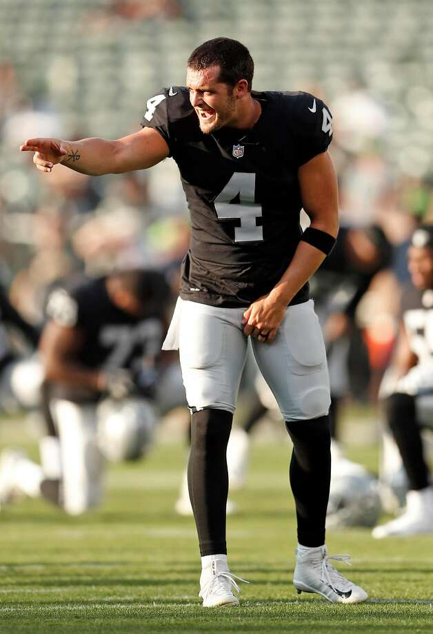 Oakland Raiders' Derek Carr before Raiders play Seattle Seahawks during NFL preseason game at Oakland Coliseum in Oakland, Calif. on Thursday, August 31, 2017. Photo: Scott Strazzante, The Chronicle