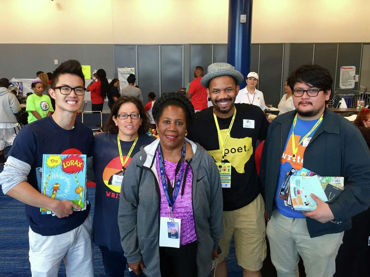 WITS writers Joshua Nguyen, WITS director Robin Reagler, Congresswoman Sheila Jackson Lee and WITS writers Emanuelee Bean and Reyes Ramirez.