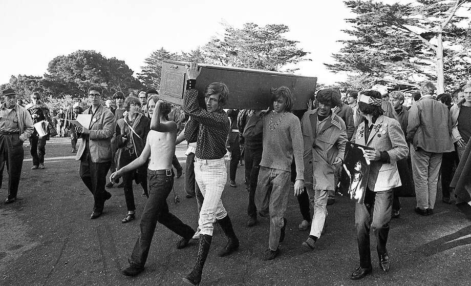 Hippies carry a coffin marking their symbolic death to Buena Vista Park on Oct. 6, 1967. Photo: Peter Breinig, The Chronicle