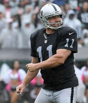3of7Oakland Raiders kicker Sebastian Janikowski reacts to missing a field  goal in the second quarter against the Kansas City Chiefs on Sunday 744c53013