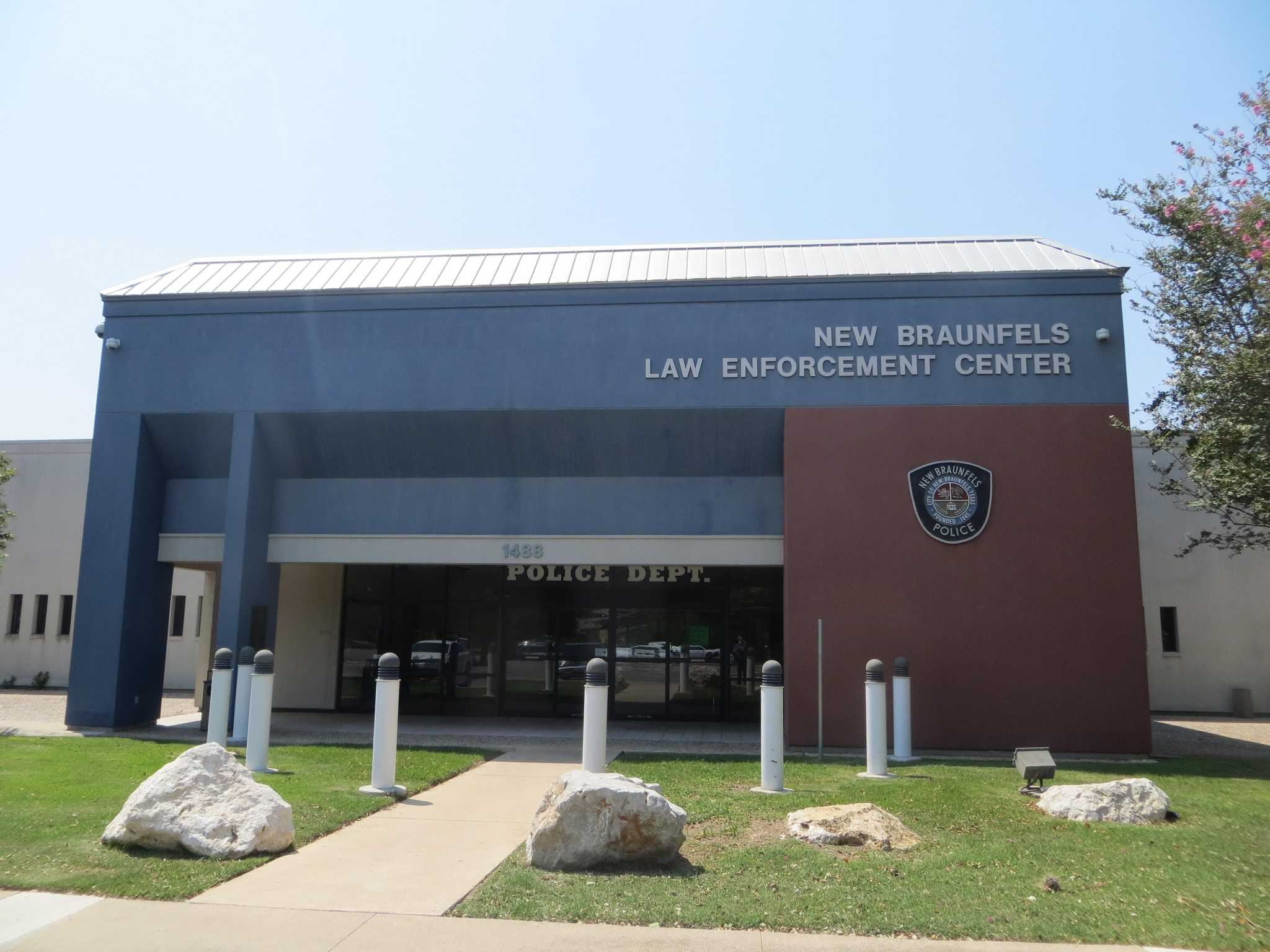 Roof leaks force New Braunfels police to relocate - Houston
