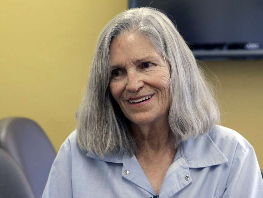 In this April 14, 2016, file photo, former Charles Manson follower Leslie Van Houten confers with her attorney, during a break from her hearing before the California Board of Parole Hearings at the California Institution for Women in Chino, Calif. Photo: Nick Ut, Associated Press