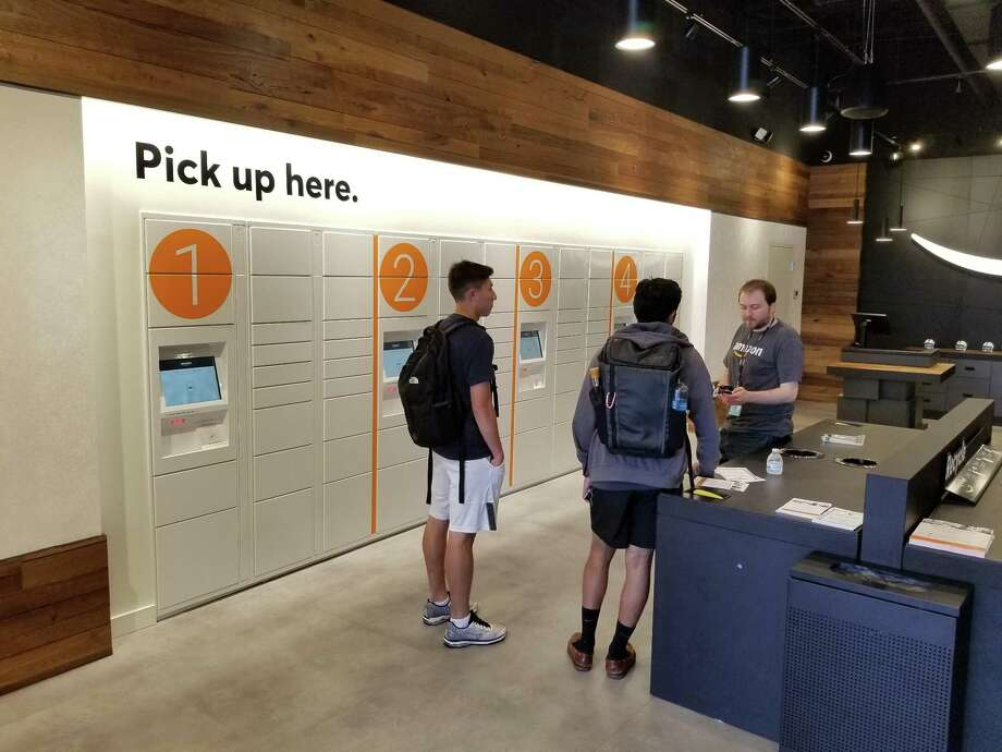 Amazon is experimenting with storefronts. Photo: Mark Mathias / Hearst Connecticut Media / New Canaan News