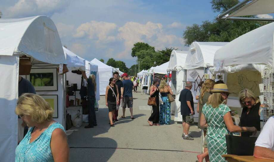 An event the size of the Edwardsville Art Fair requires a lot of help to pull off successfully. Organizers are still seeking volunteers for the event, which runs Sept. 22 through 24. Photo: Intelligencer Photo