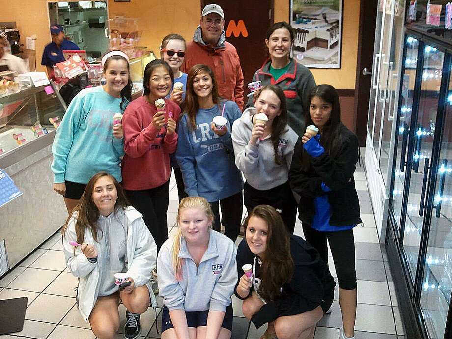 Coach Matt taking the Novice team out for ice cream Photo: Contributed / Contributed Photo / Fairfield Citizen