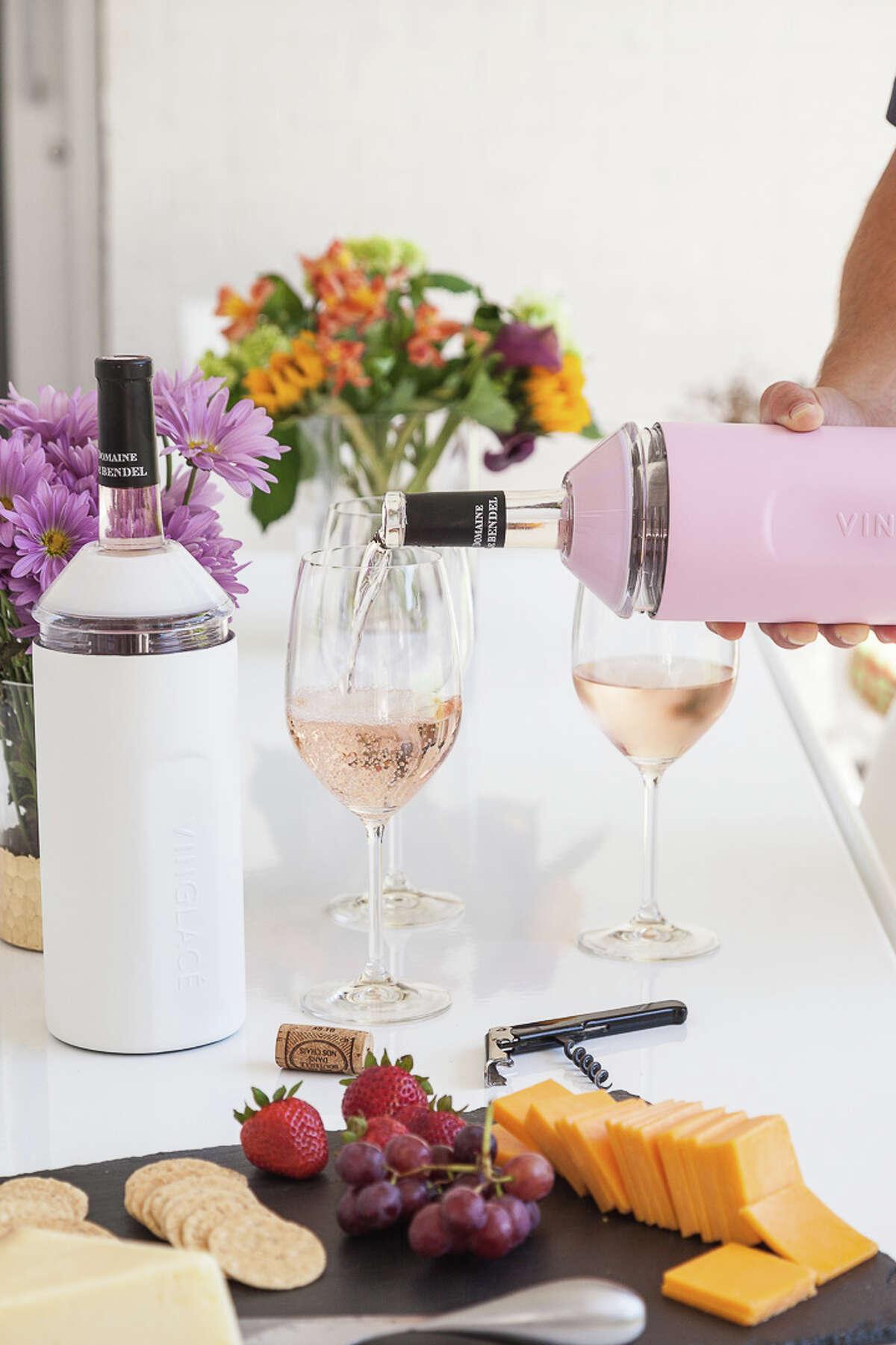Vinglace wine insulators keep bottles of wine at proper temperature.