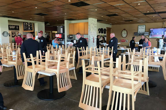 First responders dine for free at Killen's Barbecue.