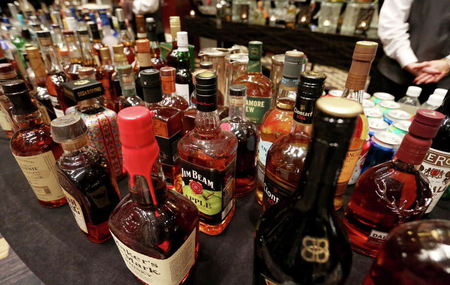 Saturday is the last day to buy liquor in Texas before New Year's Eve and New Year's Day. Much like last week, liquor stores in Texas are closed on Sunday and Monday.Click ahead to view the top-selling bars around San Antonio. Photo: Yi-Chin Lee, Staff / © 2016  Houston Chronicle