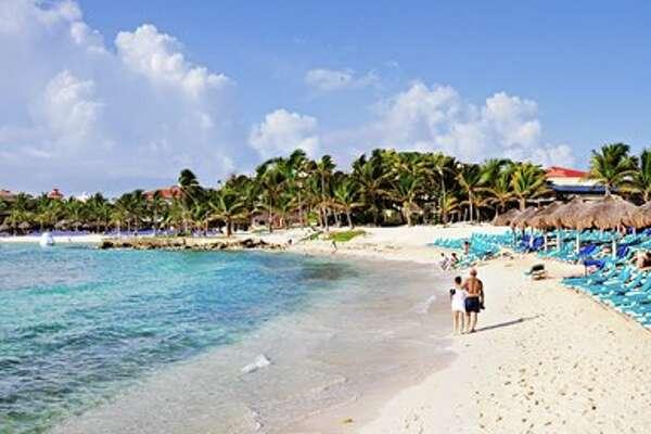 Travelzoo Mexico beach