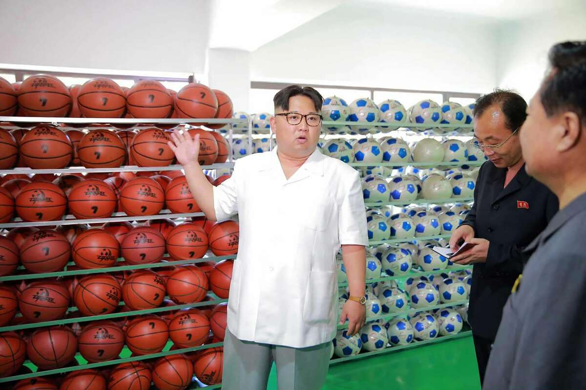 According to the Chosun (one of South Korea's biggest publications), hewas allegedly a shy child who was awkwardwith girls, indifferent to political issues, distinguished himself in sports and had a fascination with the American National Basketball Association and Michael Jordan.