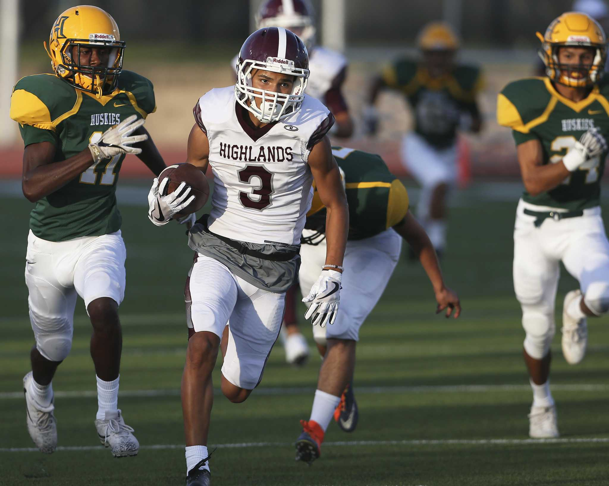 High School Football See How Teams Around The State Fared