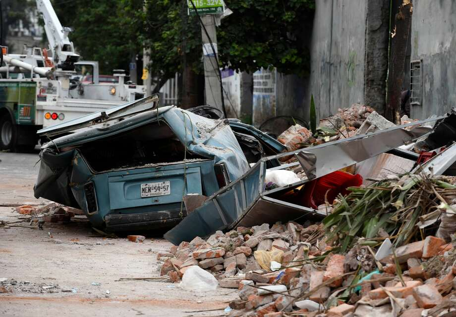 View of a street at the eastern area of Mexico City after a 8,2 earthquake on September 8, 2017.  A powerful 8.2-magnitude earthquake rocked Mexico late Thursday, killing at least 16 people in what the president called the quake-prone country's biggest one in a century. / AFP PHOTO / ALFREDO ESTRELLA        (Photo credit should read ALFREDO ESTRELLA/AFP/Getty Images) Photo: ALFREDO ESTRELLA/AFP/Getty Images