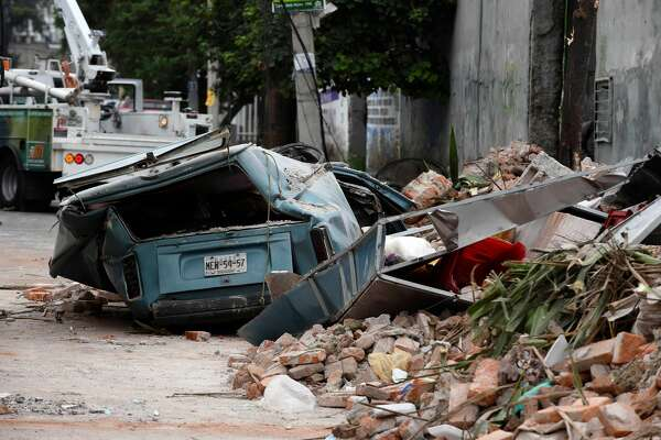 View of a street at the eastern area of Mexico City after a 8,2 earthquake on September 8, 2017.  A powerful 8.2-magnitude earthquake rocked Mexico late Thursday, killing at least 16 people in what the president called the quake-prone country's biggest one in a century. / AFP PHOTO / ALFREDO ESTRELLA        (Photo credit should read ALFREDO ESTRELLA/AFP/Getty Images)