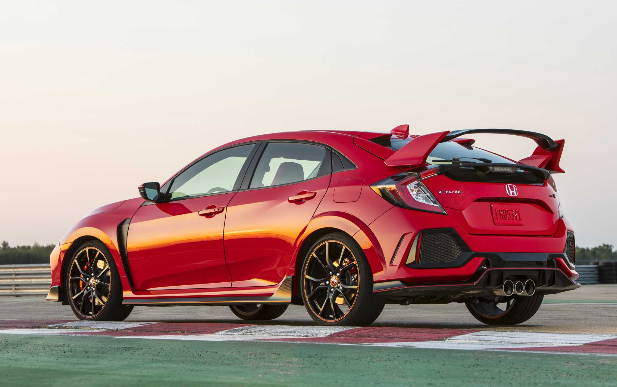 Honda's new 306-hp Civic Type R: restricted no more