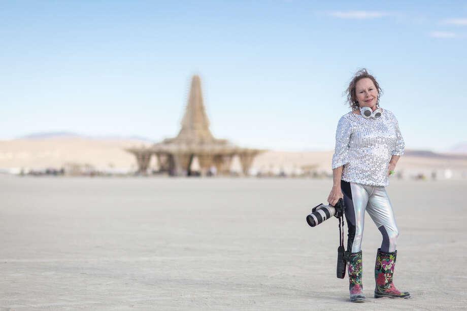 Photographer Eleanor Preger at Burning Man 2017. Photo: Sidney Erthal / Burning Man