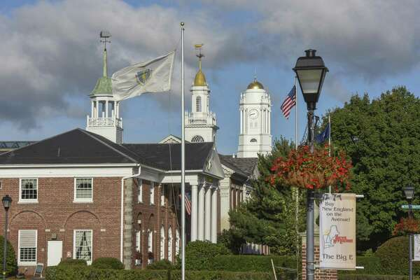 The Big E, which runs for 17 days, Sept. 15 through Oct. 1, in West Springfield, Mass., is one of the most anticipated annual events in New England. A nexus of activity is the Avenue of the States, where each New England state has a pavilion.