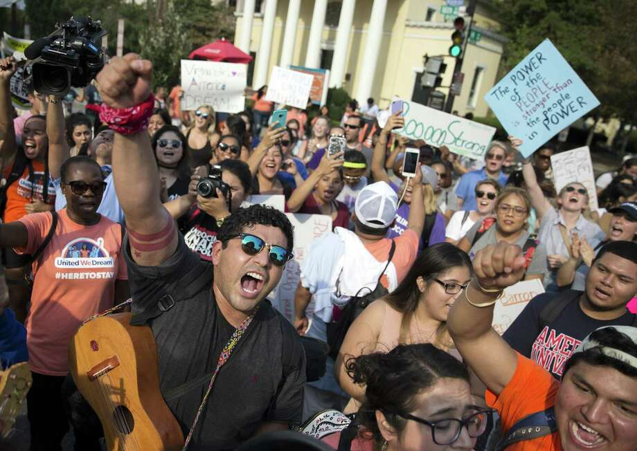Protesters demonstrate in support of recipients of the Deferred Action for Childhood Arrivals program, in Washington, Sept. 5, 2017. The rollback of the DACA program could disrupt many other aspects of immigrants lives, like health care, financial aid and drivers licenses. Photo: TOM BRENNER /NYT / NYTNS