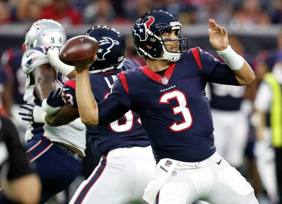 Houston Texans quarterback Tom Savage (3) throws a 37-yard pass to wide receiver Bruce Ellington during the first quarter of an NFL pre-season football game against the New England Patriots at NRG Stadium on Saturday, Aug. 19, 2017, in Houston. ( Brett Coomer / Houston Chronicle ) Photo: Brett Coomer, Staff / © 2017 Houston Chronicle}
