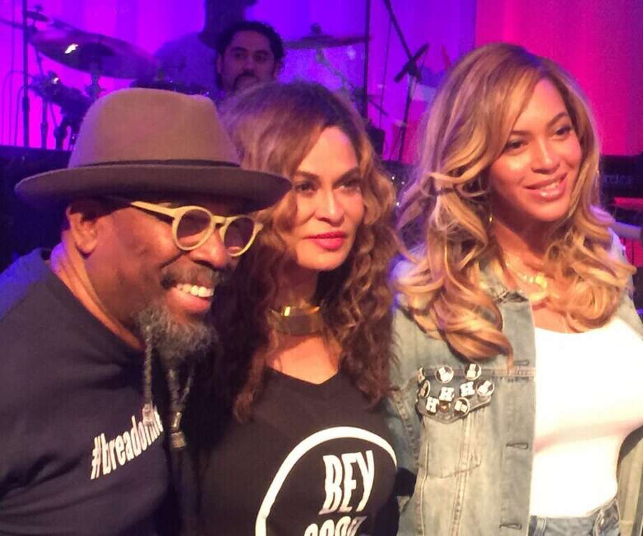 Pastor Rudy Rasmus, from left, Tina Knowles-Lawson and Beyonce at St. John's in downtown Houston. Photo: Joey Guerra / Houston Chronicle