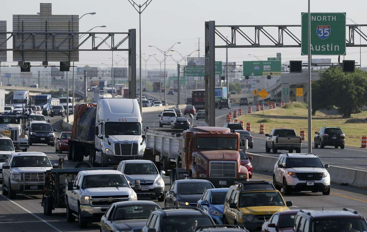 Traffic backs up on Interstate 35 in 2016 on the Northeast Side. TxDOT officials will discuss their plans to expand Ih-35 to FM 1103 in Cibolo at a public hearing this week.