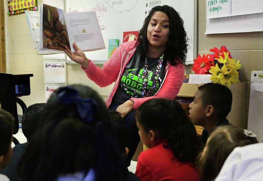 Karina Alvarez, a second-grade teacher at LBJ Elementary School in the Edgewood Independent School District, is a DACA recipient. Photo: Bob Owen / San Antonio Express-News / ©2017 San Antonio Express-News