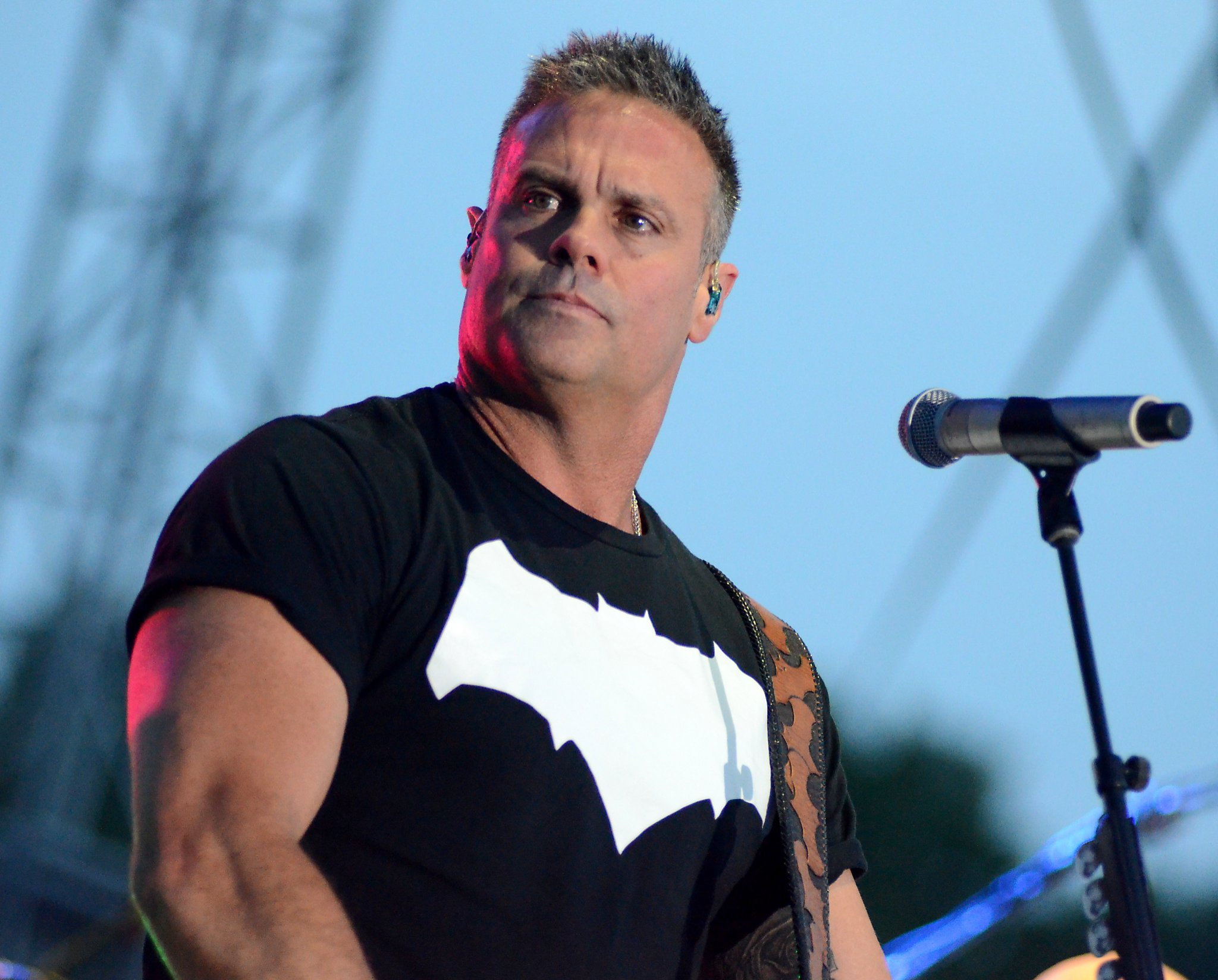 Troy gentry singer in montgomery gentry country band for List of dead country music singers