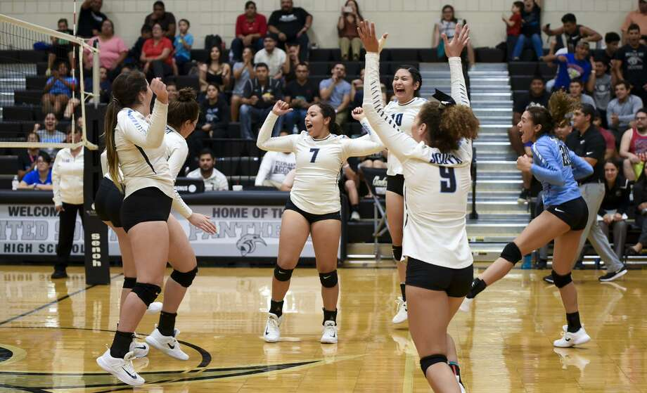 United South High School volleyball team cheer after scoring a point during a game against South San Antonio High School on Friday, September 8, 2017 at United South High School. Photo: Danny Zaragoza /Laredo Morning Times File